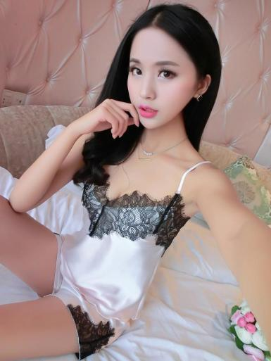 white_silky_lace_nightie_shorts_set_1024x1024