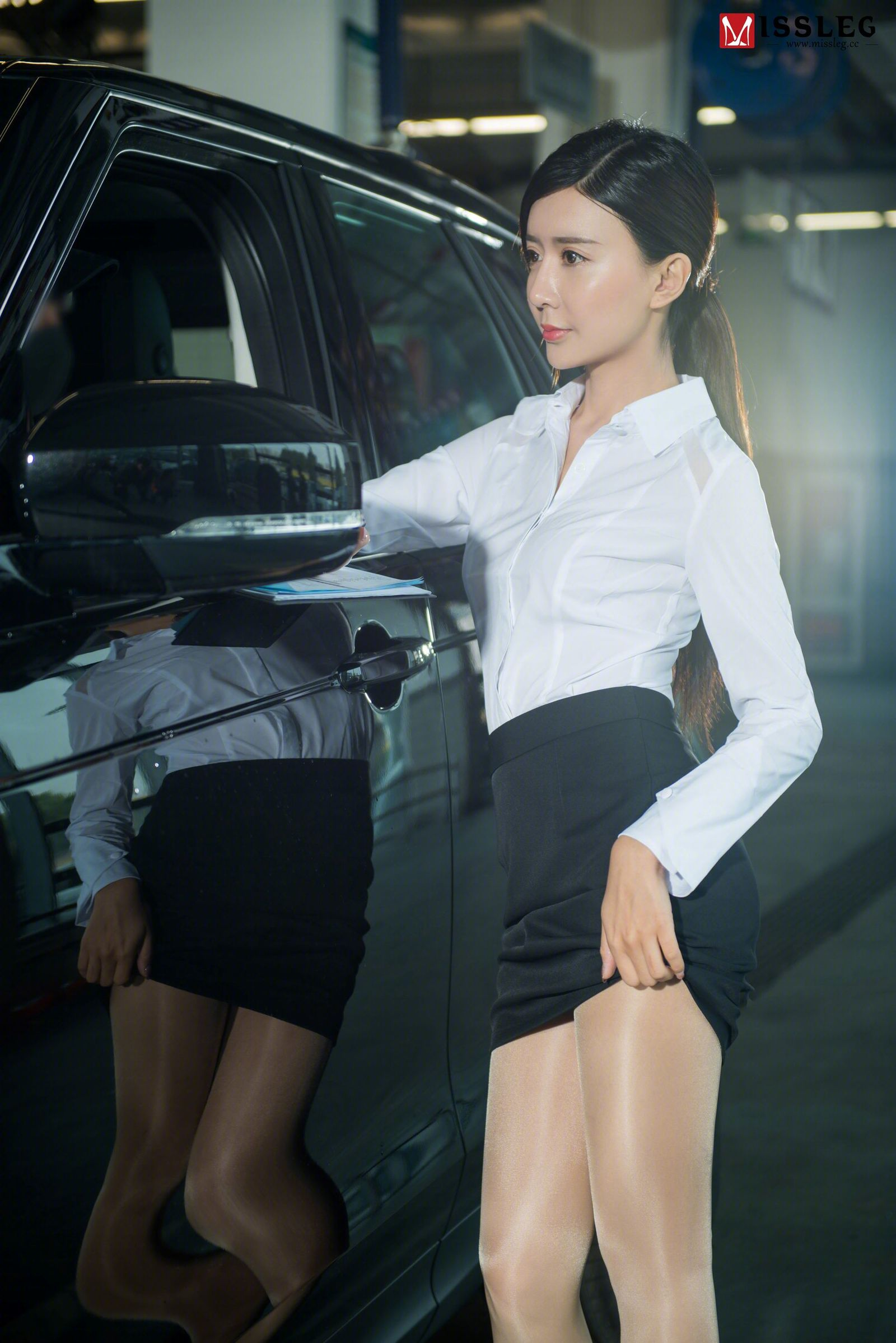 Sexy Car Saleswoman Wearing Pantyhose The Intimate Touch
