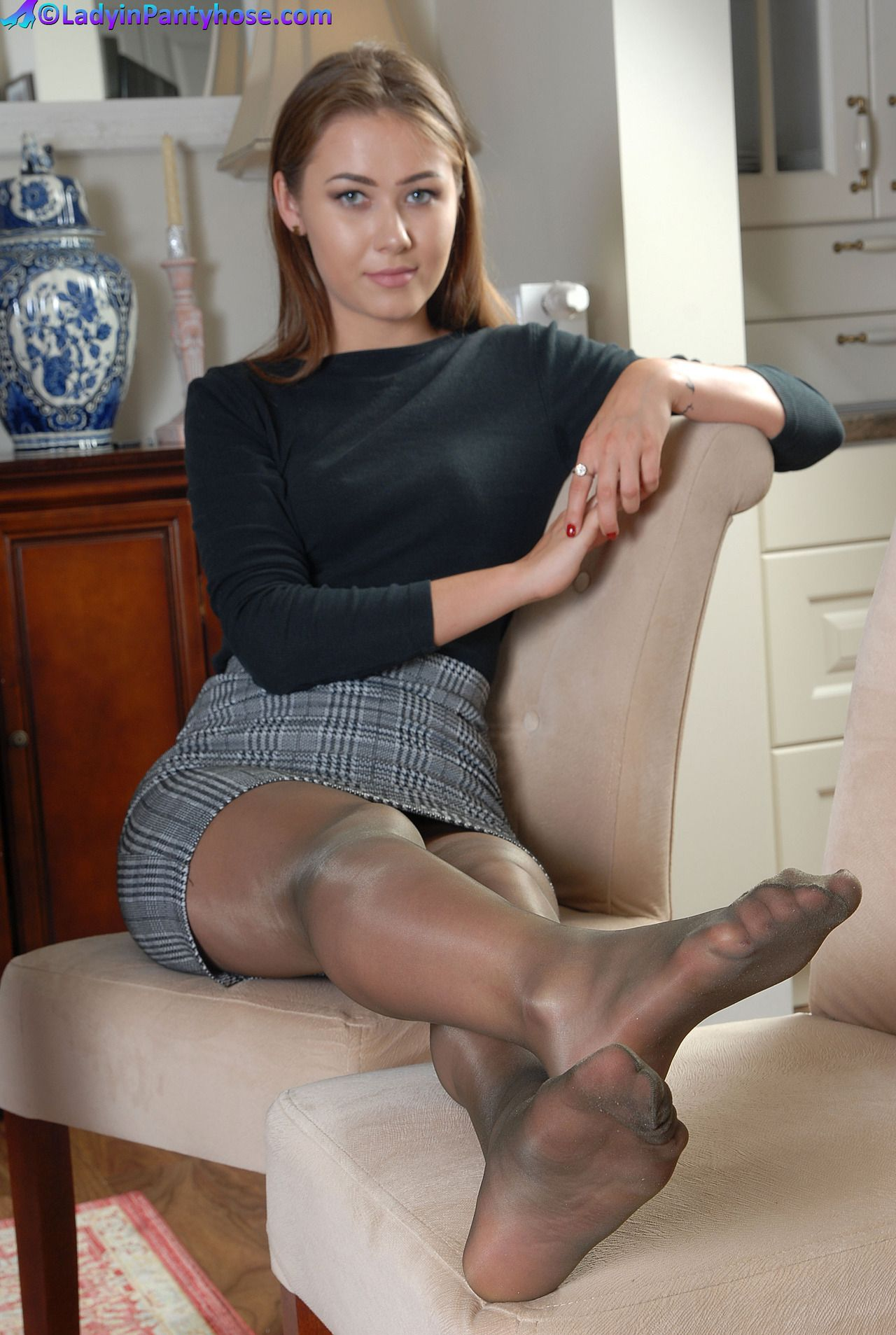Pantyhose Legs Feet Heels Fetish  The Intimate Touch-7577