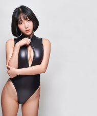 Black leohex wetlook bodysuit 3